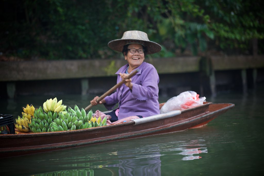 Floating market 8